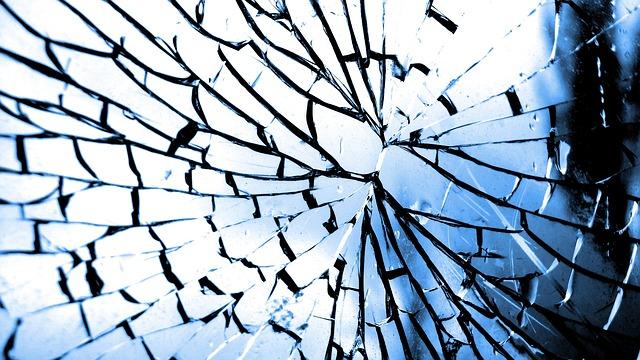 dream broken glass