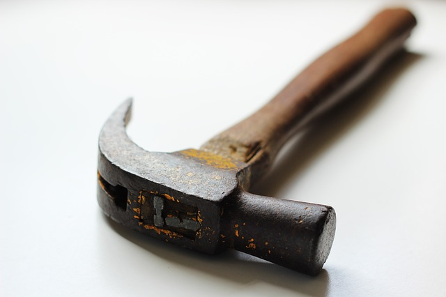 hammer dream meaning