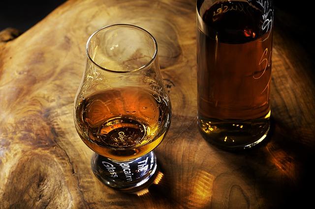 bartender dream meaning